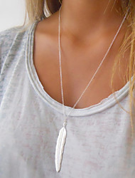 Women's Layered Necklaces Feather Alloy Fashion Costume Jewelry Jewelry For Special Occasion Birthday Gift