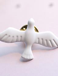 Недорогие -европейский стиль мода старинных искусство металла свежие белые голубь мира брошь (один)