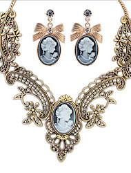 MPL European and American retro metal Pierced Earrings Necklace Set temperament Palace