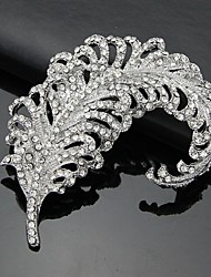cheap -Women's Brooches - Classic & Timeless 3D White Brooch For Business / Ceremony / Wedding
