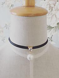 European Style Retro Fashion Hollow Lace Shiny Rhinestone Pearl Choker Necklace