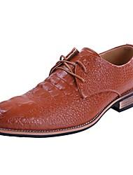 abordables -Hombre Zapatos Sintético Primavera / Verano / Otoño Confort / Zapatos para patines Tacón Cuadrado Con Cordón Negro / Marrón / Boda / Fiesta y Noche