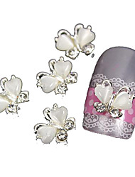 cheap -10pcs Flying Butterfly with White Cat's Eye Stone 3D Alloy Nail Art Decoration