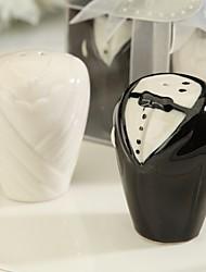 abordables -cadeaux du destinataire robe de mariée et smoking salières et poivrières faveurs de mariage
