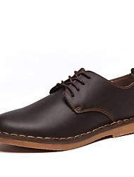povoljno -Muškarci Cipele Koža Proljeće Jesen Udobne cipele Oksfordice Vezanje za Kauzalni Crn Braon