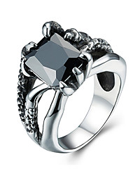 Unisex Fashion 316L Titanium Steel Vintage Personality Claw Engraved Zircon Statement Rings Casual/Daily Women Men