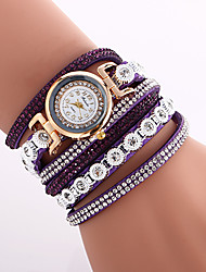 preiswerte -Damen Modeuhr Armbanduhr Armband-Uhr Quartz Mehrfarbig Imitation Diamant PU Band Vintage Böhmische Bettelarmband Armreif Cool Bequem