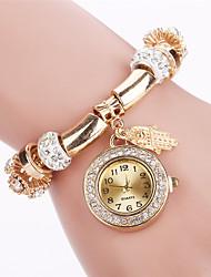 cheap -Women's Bracelet Watch Quartz Casual Watch Cool Alloy Band Analog Casual Fashion Elegant Black / White / Blue - Green Blue Pink
