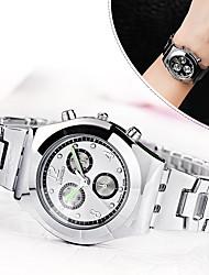 abordables -Femme Quartz Montre Bracelet / Imitation de diamant Alliage Bande Décontracté Montre à diamant simulé Montre Habillée Elégant Mode Argent