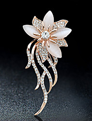 cheap -Brooches Rhinestone Floral Flower Style Flowers Rhinestone Alloy Flower Gold Jewelry For Party Casual