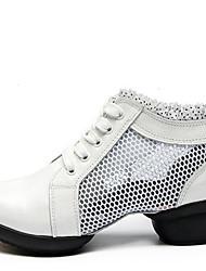 baratos -Mulheres Sapatos de Dança Moderna Couro / Tecido Têni / Meia Solas Rendado Salto Baixo Não Personalizável Sapatos de Dança Branco / Preto / Vermelho