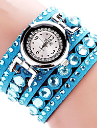 cheap -Women's Quartz Wrist Watch / Bracelet Watch Imitation Diamond Fabric Band Charm / Sparkle / Casual / Bohemian / Fashion / Bangle Black /