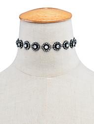 Collier court /Ras-du-cou Strass Forme Ronde Forme de Fleur Imitation Diamant Alliage Basique Original Tatouage Bijoux Pour Mariage