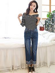 знак перерыл новые широкие джинсы ноги женщины колготок