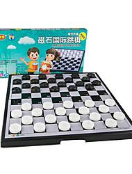 Недорогие -Настольные игры Шахматы Игрушки Магнитный Квадратный пластик Металл В китайском стиле Куски Универсальные Подарок