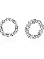 Stangøreringe Rhinsten Rundt design Sølv Zirkonium Rund form Sølv Smykker For Fest Daglig Afslappet 1 par