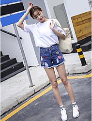 unser echter Schuss im Sommer 2017 war schlaksig Taille Jeans-Shorts wildes Drei-Punkt-Loch in der Kennzeichnungs ms. kurze Hose