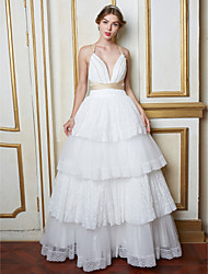 billige -A-linje Hængende halsudskæring Gulvlang Blondelukning Tyl Bryllupskjole med Perle Blonde ved LAN TING BRIDE®