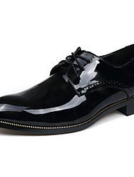 Недорогие -Муж. Печать Оксфорд Кожа Весна / Осень Туфли на шнуровке Для прогулок Черный / Вино