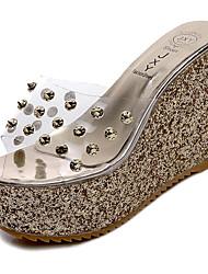 abordables -Femme Chaussures Polyuréthane Printemps / Eté Confort / bottes slouch Sandales Marche Hauteur de semelle compensée Bout ouvert Or / Argent