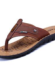 Masculino Sandálias Pele Verão Caminhada Tachas Rasteiro Castanho Claro Castanho Escuro Khaki 5 a 7 cm