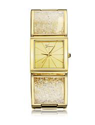 Mulheres Relógio de Pulso Quartzo imitação de diamante Banhado a Ouro 18K Banda Bracelete Dourada