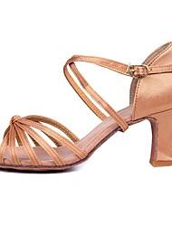 economico -Per donna Scarpe per balli latini Raso Sandali / Tacchi Fibbia / Rattan Tacco cubano Personalizzabile Scarpe da ballo Beige / Prestazioni
