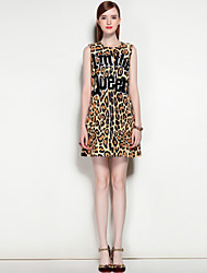Damen A-Linie Kleid-Party Ausgehen Lässig/Alltäglich Niedlich Street Schick Leopard Rundhalsausschnitt Übers Knie ÄrmellosPolyester