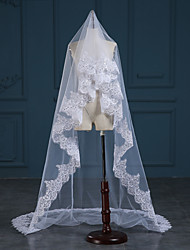 Lady's Elegant Classical Wedding Veil One-tier Chapel Veils Lace Applique Edge Tulle