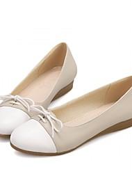 baratos -Mulheres Sapatos Couro Ecológico Primavera / Outono Conforto / Inovador Rasos Caminhada Sem Salto Ponta Redonda Cadarço Roxo / Rosa claro