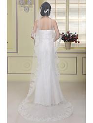 cheap -One-tier Lace Applique Edge Wedding Veil Chapel Veils With Applique Sequin Tulle
