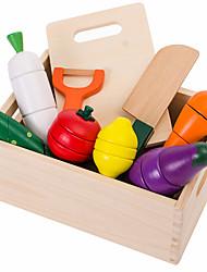 Недорогие -Игрушка кухонные наборы Игрушечная еда Ролевые игры Игрушки Овощи Ножи для овощей и фруктов Фрукт Овощи и фрукты Магнитный деревянный