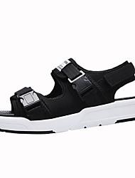 preiswerte -Herrn Schuhe Kunstleder Sommer Komfort Sandalen Walking Schnalle für Normal Schwarz Grau