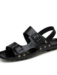 baratos -Unisexo Sapatos Pele Pele Napa Primavera Verão Conforto Sandálias Água para Social Preto