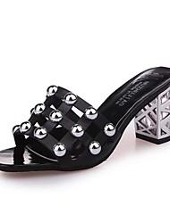 abordables -Femme Chaussures Polyuréthane Printemps Semelles Légères Chaussons & Tongs Block Heel Bout ouvert Billes pour Blanc Noir