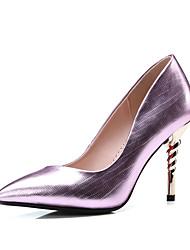 baratos -Mulheres Sapatos Micofibra Sintética PU Primavera / Verão Plataforma Básica Saltos Salto Agulha Dedo Apontado Dourado / Roxo / Vermelho