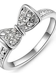 Dámské Široké prsteny Křišťál Přizpůsobeno Luxus Klasické Základní Sexy láska Módní Cute Style Elegantní Křišťál Slitina Bowknot Shape