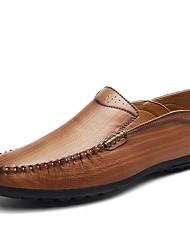 preiswerte -Herrn Schuhe Leder Sommer / Herbst Komfort Loafers & Slip-Ons Walking Schwarz / Braun / Khaki