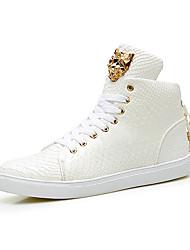 preiswerte -Damen Schuhe Leder / Mikrofaser Frühling / Herbst Komfort Sneakers Flacher Absatz Runde Zehe Schnürsenkel Weiß / Schwarz