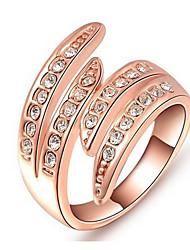 Dámské Široké prsteny Křišťál Přizpůsobeno Luxus Klasické Základní Sexy láska Módní Cute Style Elegantní Křišťál Slitina Kulatý Křídla /