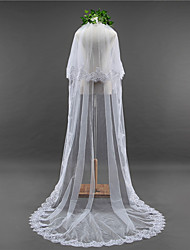 cheap -Two-tier Lace Applique Edge Scalloped Edge Wedding Veil Chapel Veils With Applique Sequin Lace Tulle