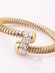 cheap -Fashion Europe and the United States wind 2017 new 316L titanium steel gold diamonds scalable ladies bracelet is your participation in leisure activi