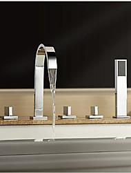 abordables -Moderno Muy Difundido Cascada Alcachofa incluida Válvula Latón Tres manijas cinco hoyos Cromo , Grifo de bañera