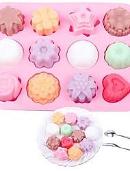 Douze trous Forme Fleur Muffin Plaque de four, silicone (couleur Randoms)