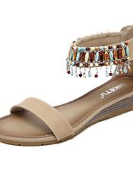 preiswerte -Damen Schuhe Kunstleder Frühling Sommer Komfort Sandalen Keilabsatz Runde Zehe Quaste für Normal Kleid Schwarz Blau Mandelfarben