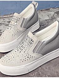 preiswerte -Damen Schuhe Glanz Frühling Herbst Komfort Loafers & Slip-Ons Für Normal Weiß Schwarz