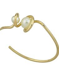 Žene Široke narukvice Imitacija Pearl Ležerne prilike Rock Imitacija bisera Legura Circle Shape Jewelry Za Spoj Ulica