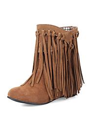baratos -Mulheres Sapatos Pele Nobuck Primavera / Outono Botas de Neve Botas Ponta Redonda Botas Curtas / Ankle Bege / Amarelo / Marron
