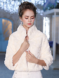 cheap -3/4 Length Sleeves Faux Fur Wedding Party / Evening Women's Wrap With Feathers / Fur Patterned Shrugs