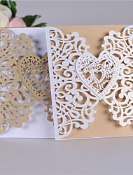 Недорогие -Двойной сгиб-калитка Свадебные приглашения-Пригласительные билеты Классический С сердцами Розовая бумага